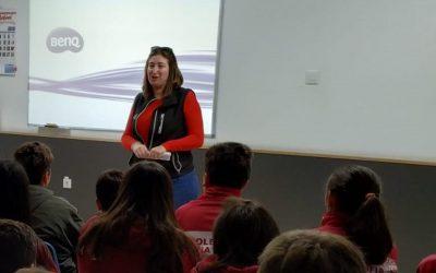 Semilleros Deitana imparte una charla en el colegio Reina Sofía de Totana.